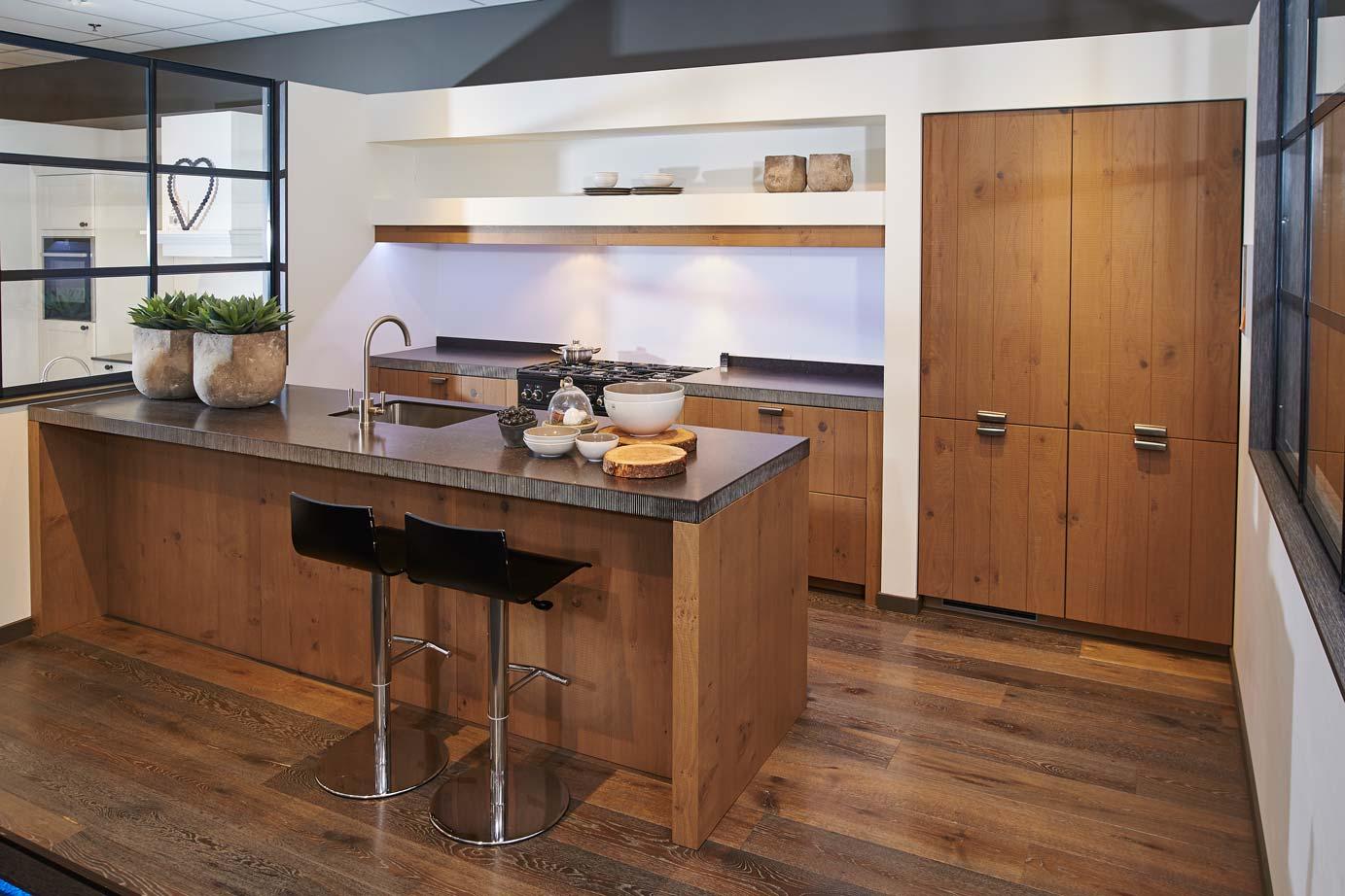 De Eikenhouten Keuken : Old wood keukens eiken keukens natuurlijk schoon db keukens