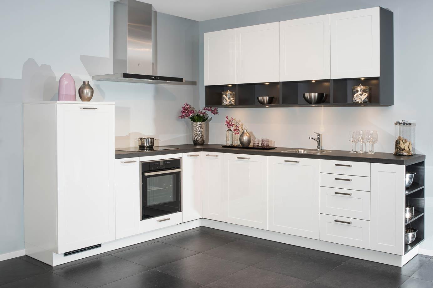 Keur Keukens Keukentegels : Tijdloze keukens jaren variëren met neutrale elementen db keukens