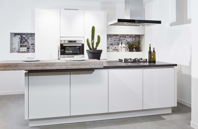 Keukeneiland. Huismerk keuken DBasic-line - DB Keukens