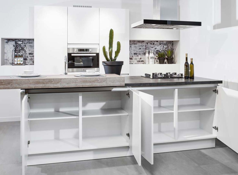 Moderne keuken met eiland dbasic line db keukens - Mode keuken deco ...