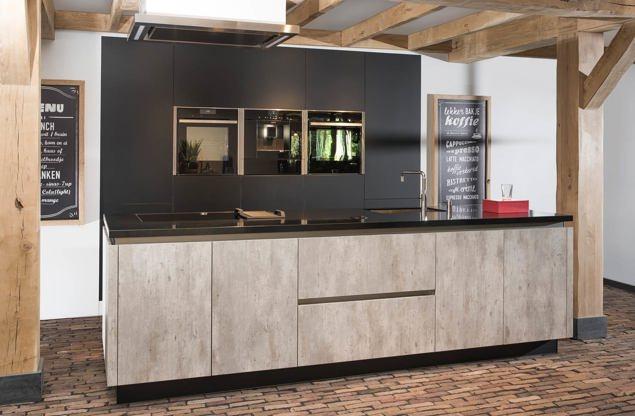 Met keuken eiland - Moderne luxe keuken ...
