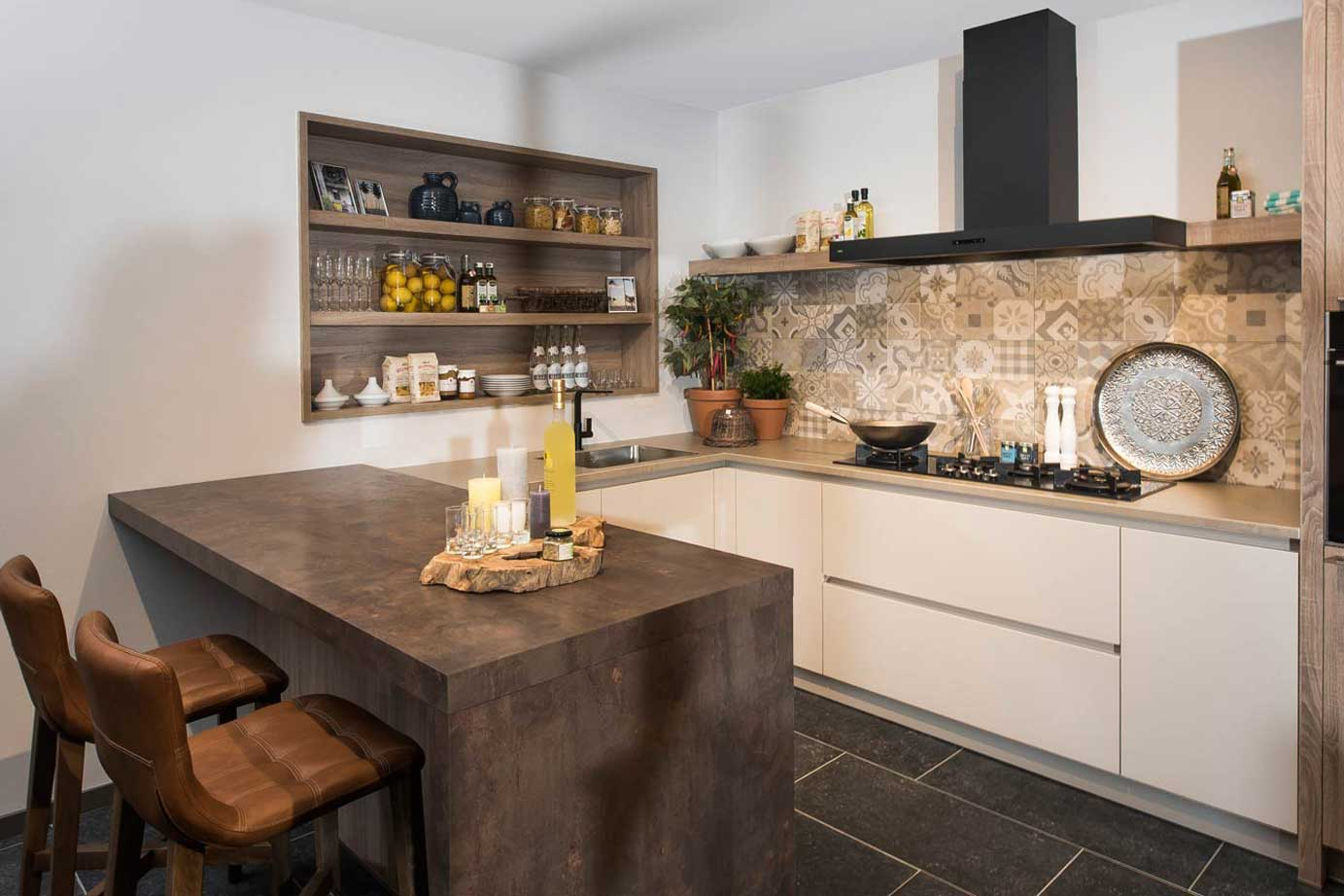 Keuken Moderne Bar : Keuken ontwerpen informatie die u vooraf moet weten db keukens