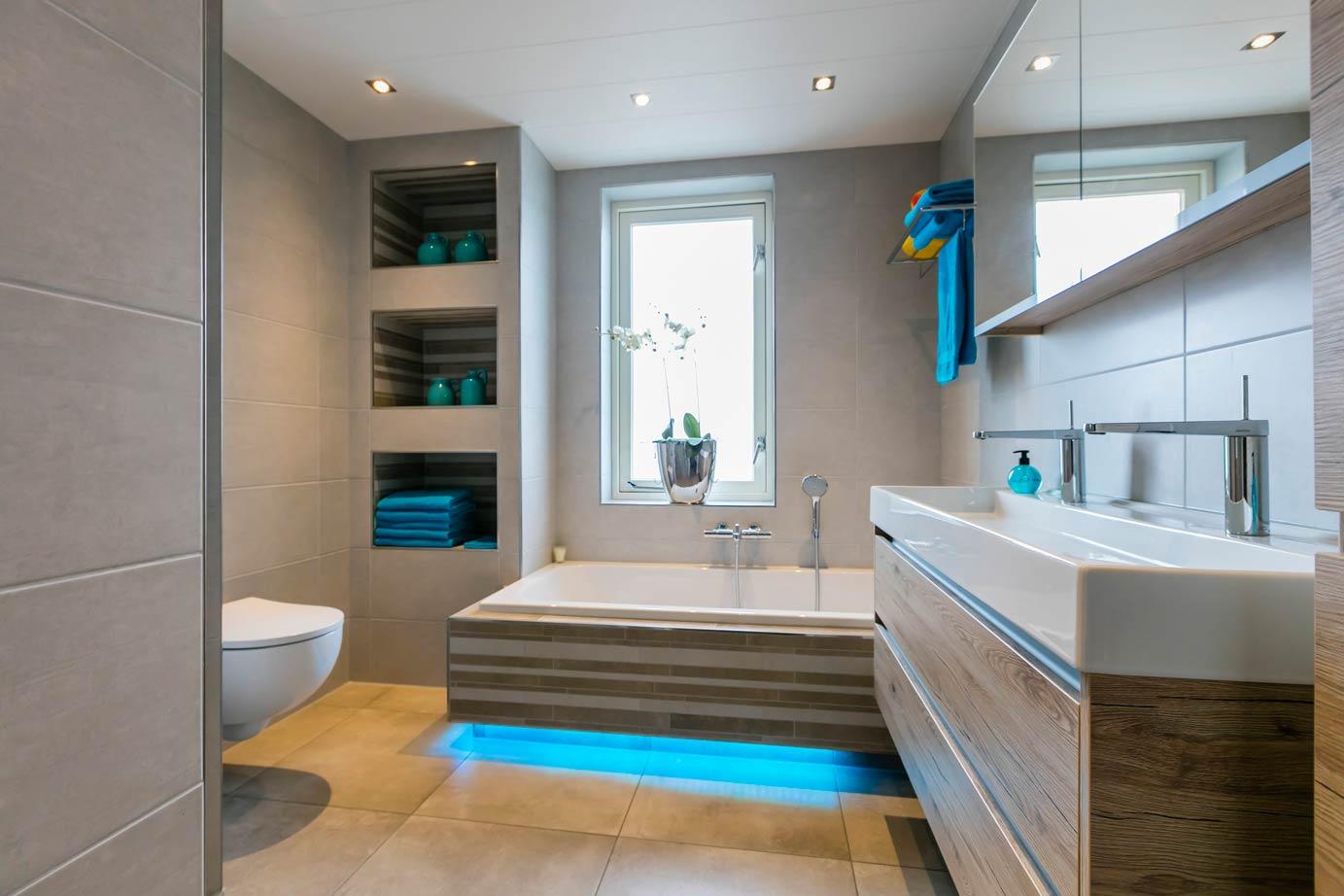 Badkamer Showroom Goes : Een badkamer kopen in ermelo lees deze klantervaring db keukens