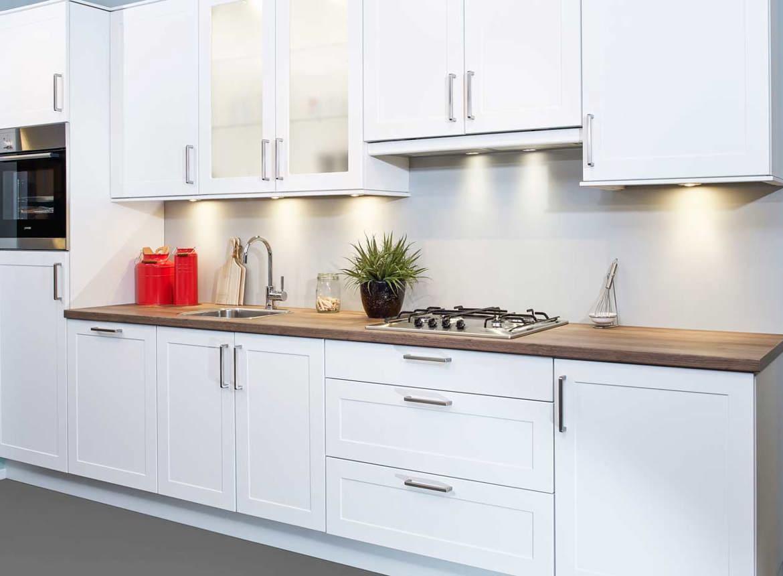 een tijdloze rechte keuken goedkoop en praktisch db