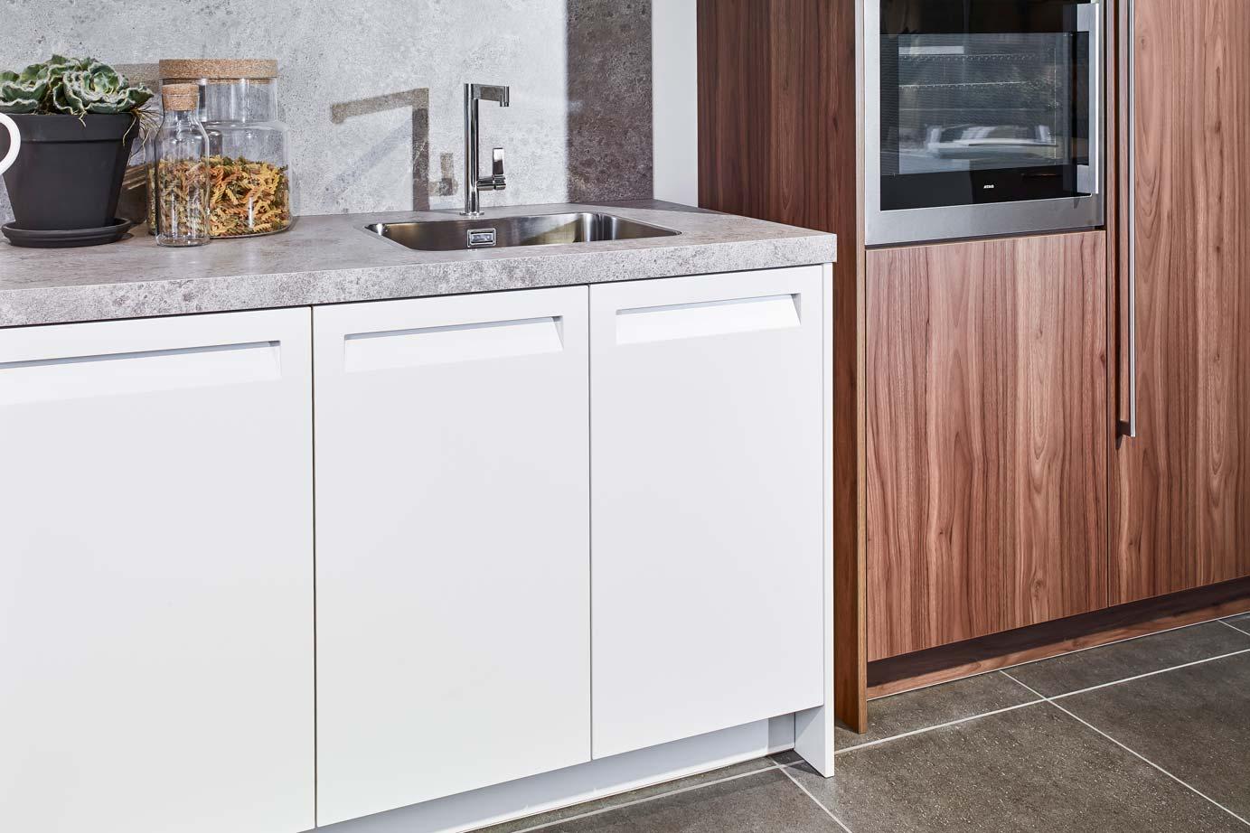 Keuken Wandkast 8 : Rechte keuken met kast bekijk alle foto s en prijzen online db