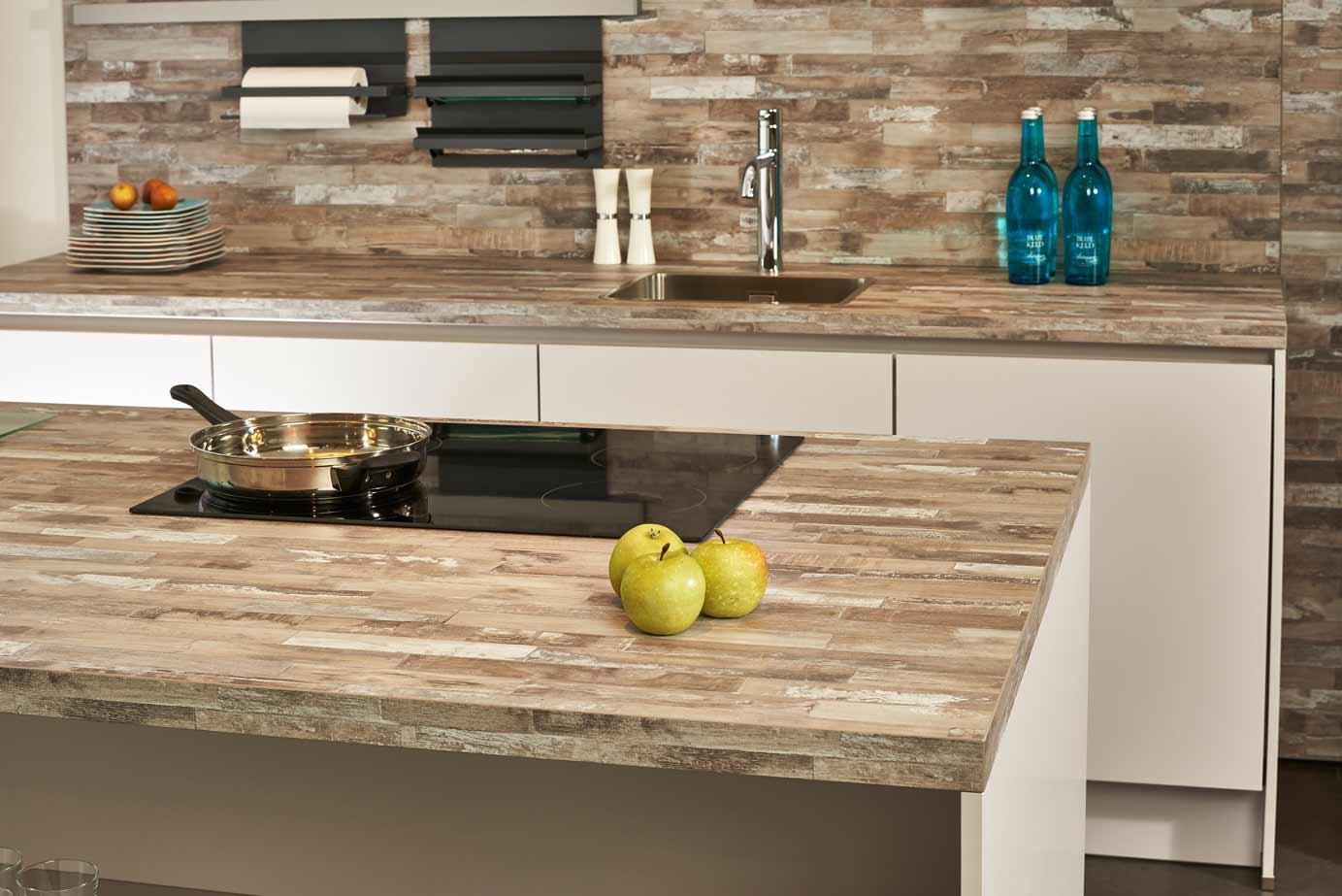 Werkblad Keuken Hout : Showroomkeuken met eiland tijdelijk aanbod db keukens