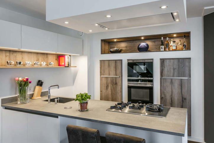 Modern Keuken Schiereiland : Moderne keuken met eiland kopen? lees onze blog! db keukens