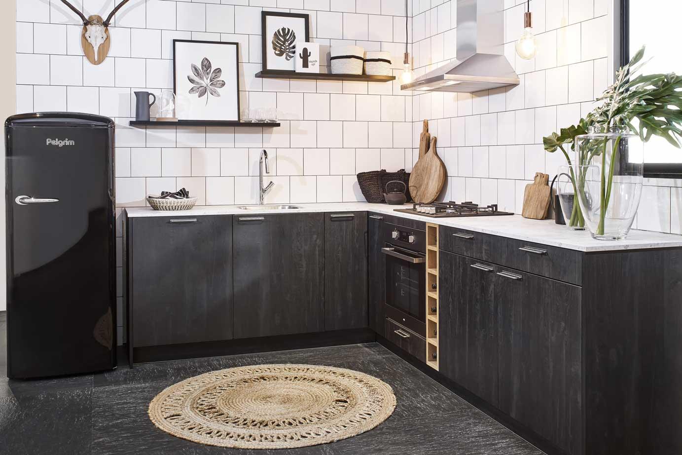 Zwarte scandinavische keuken bekijk foto s en prijzen db keukens