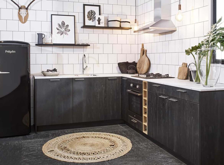 Zwart Scandinavisch Keuken : Zwarte scandinavische keuken. bekijk fotos en prijzen! db keukens