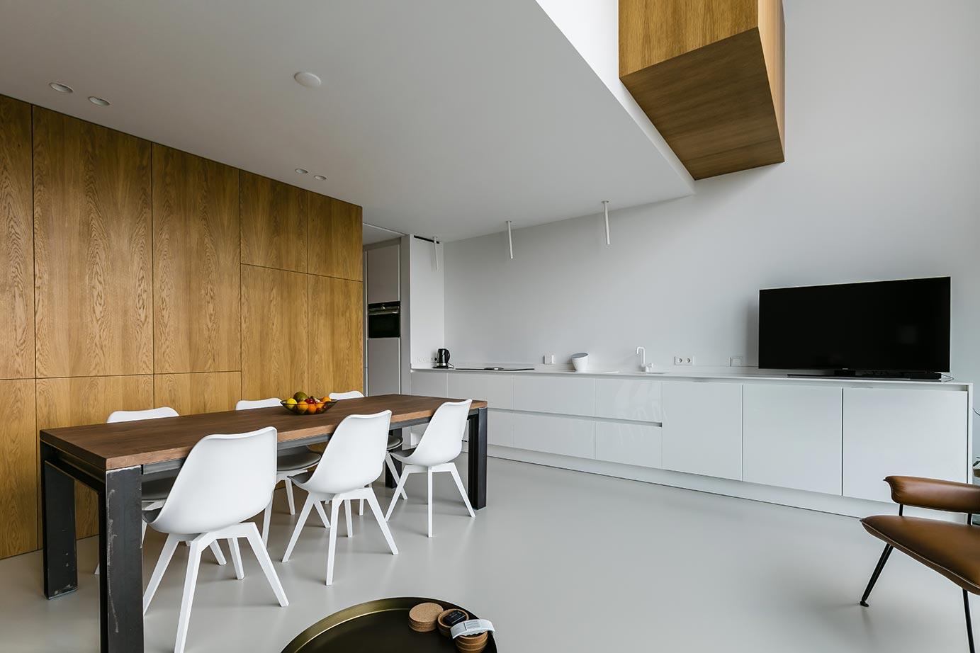 Witte Keuken Met Wit Composiet Werkblad : Witte Keuken In ...