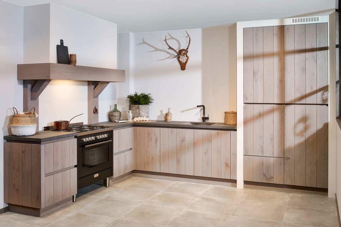 Eiken Houten Keukendeurtjes.Houten Keuken Kopen Bekijk Tientallen Voorbeelden Online Db Keukens