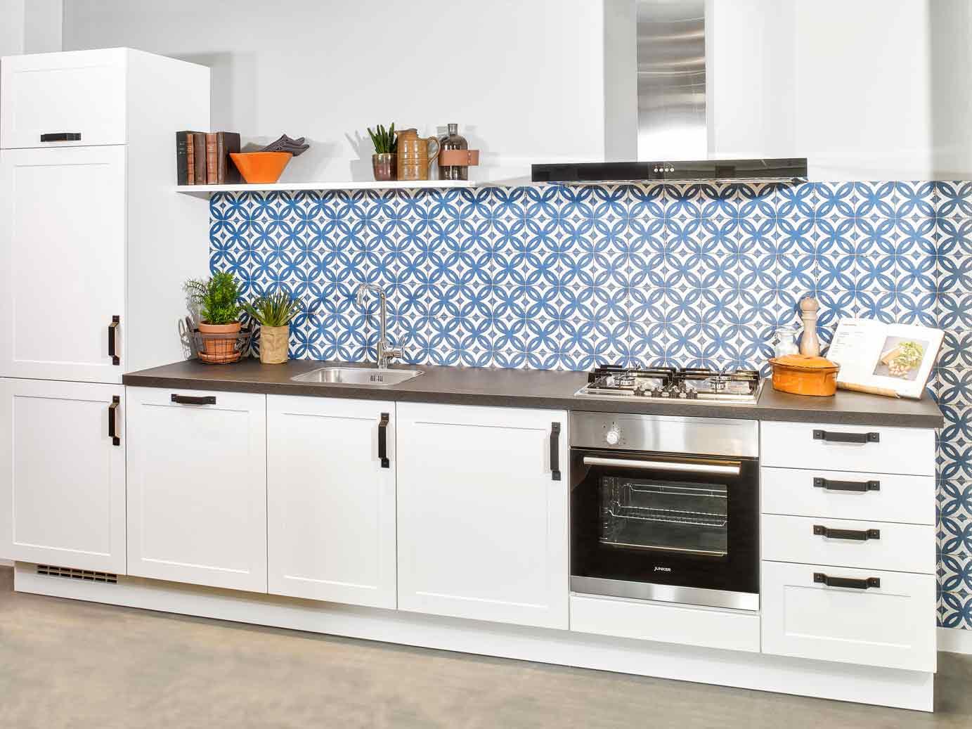 Goedkope Rechte Keukens : Goedkope tijdloze keuken kopen bekijk prijzen en foto s db keukens