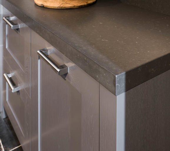 Favoriete Een grijze keuken. Luxe uitstraling, past bij veel interieurs - DB #CJ87