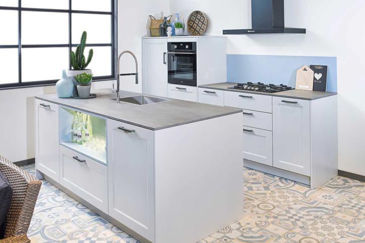 Honderden complete keukens online met apparatuur. db keukens