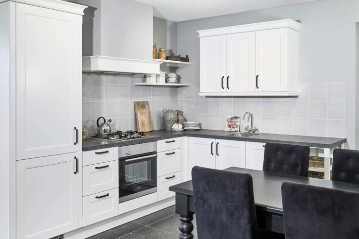 Witte Complete Hoekkeuken.Kleine Keuken Laat Je Inspireren Door Voorbeelden Db Keukens