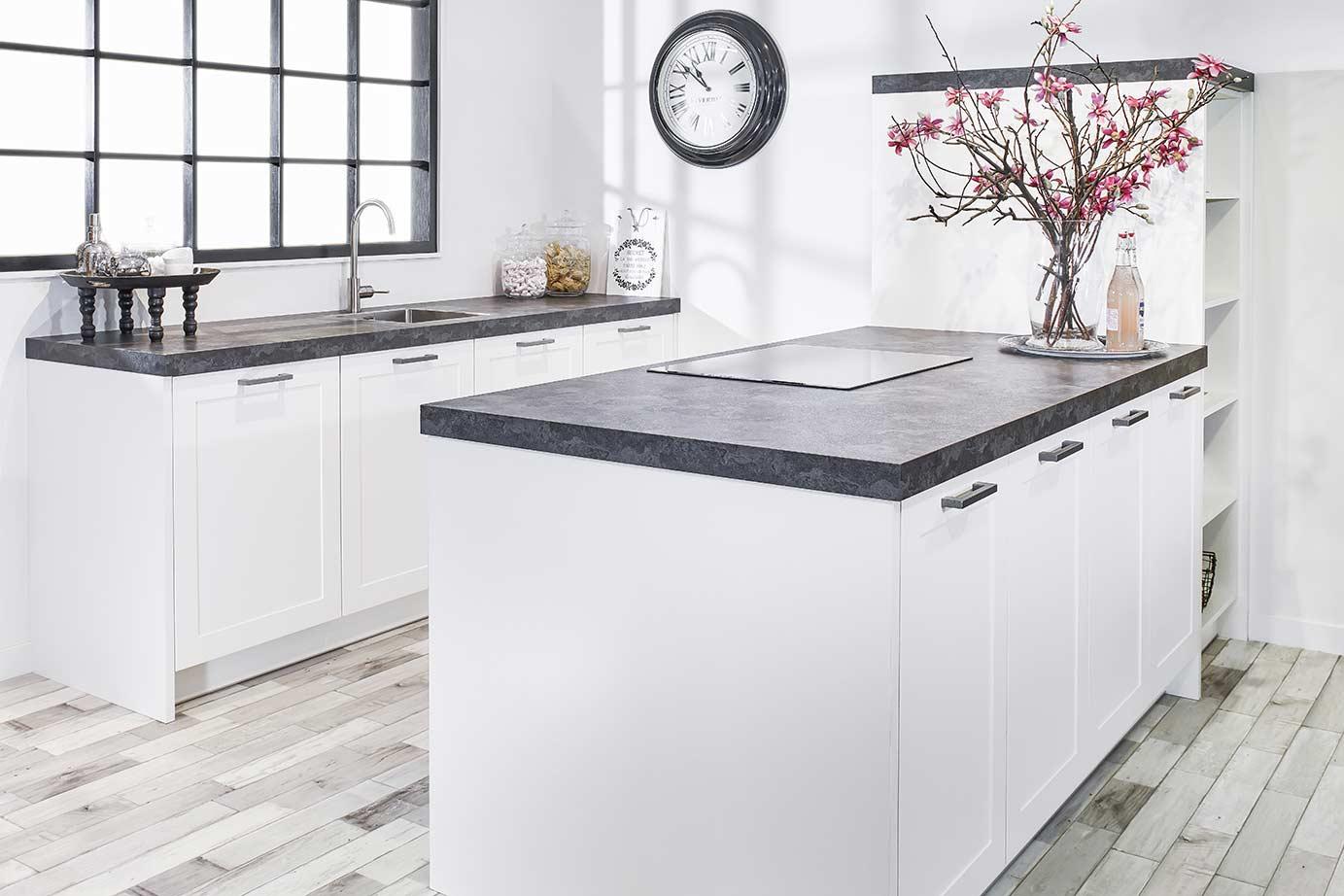 Inspiratie Smalle Keuken : Smal kookeiland kopen in iedere ruimte mogelijk db keukens
