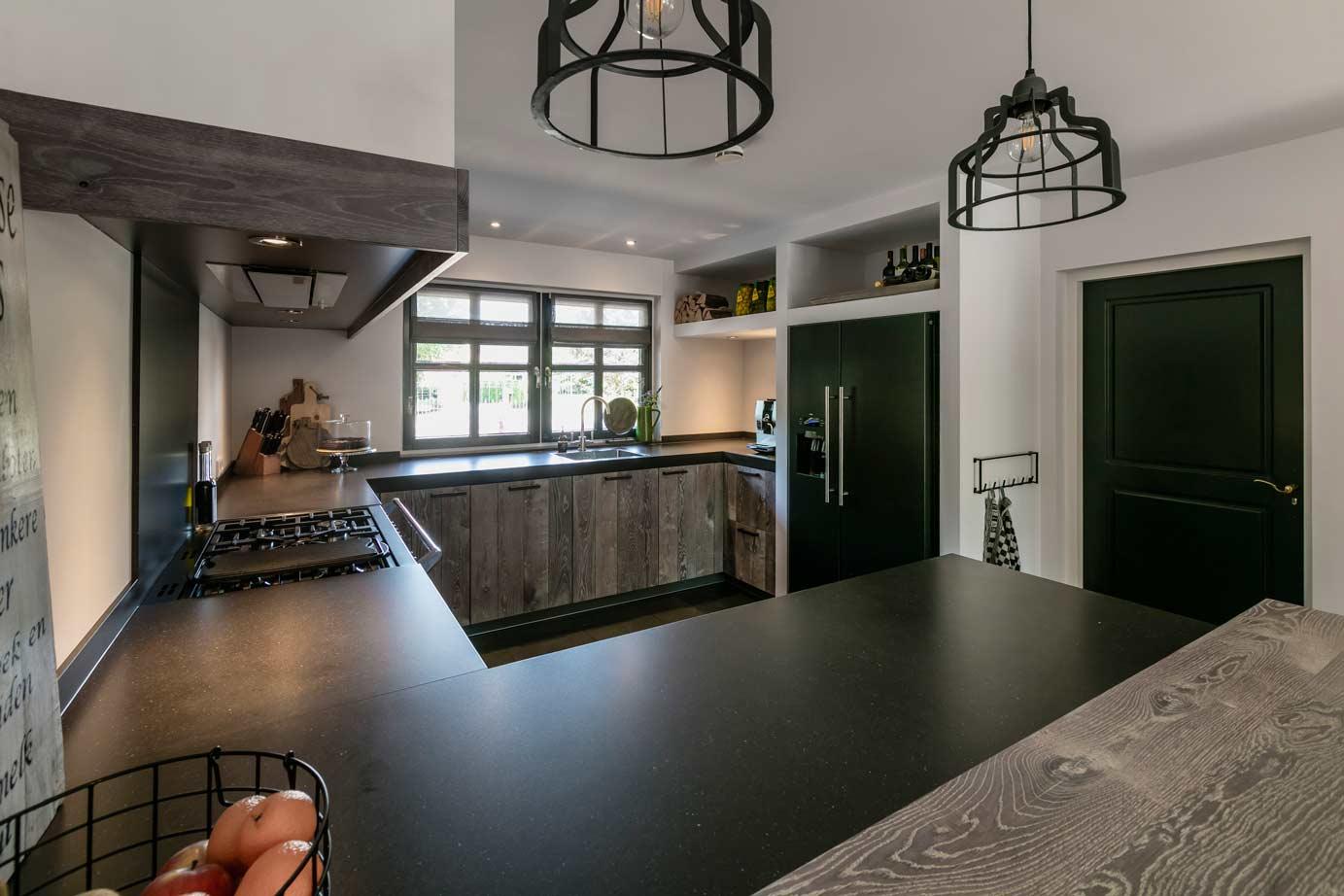 Design Keukens Gelderland : Houten keuken kopen in gelderland lees klantervaring db keukens