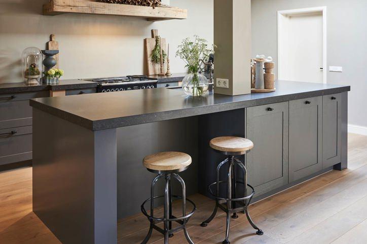 Fabulous Grijze landelijke keuken kopen? Lees deze blog met tips! - DB Keukens &BU45