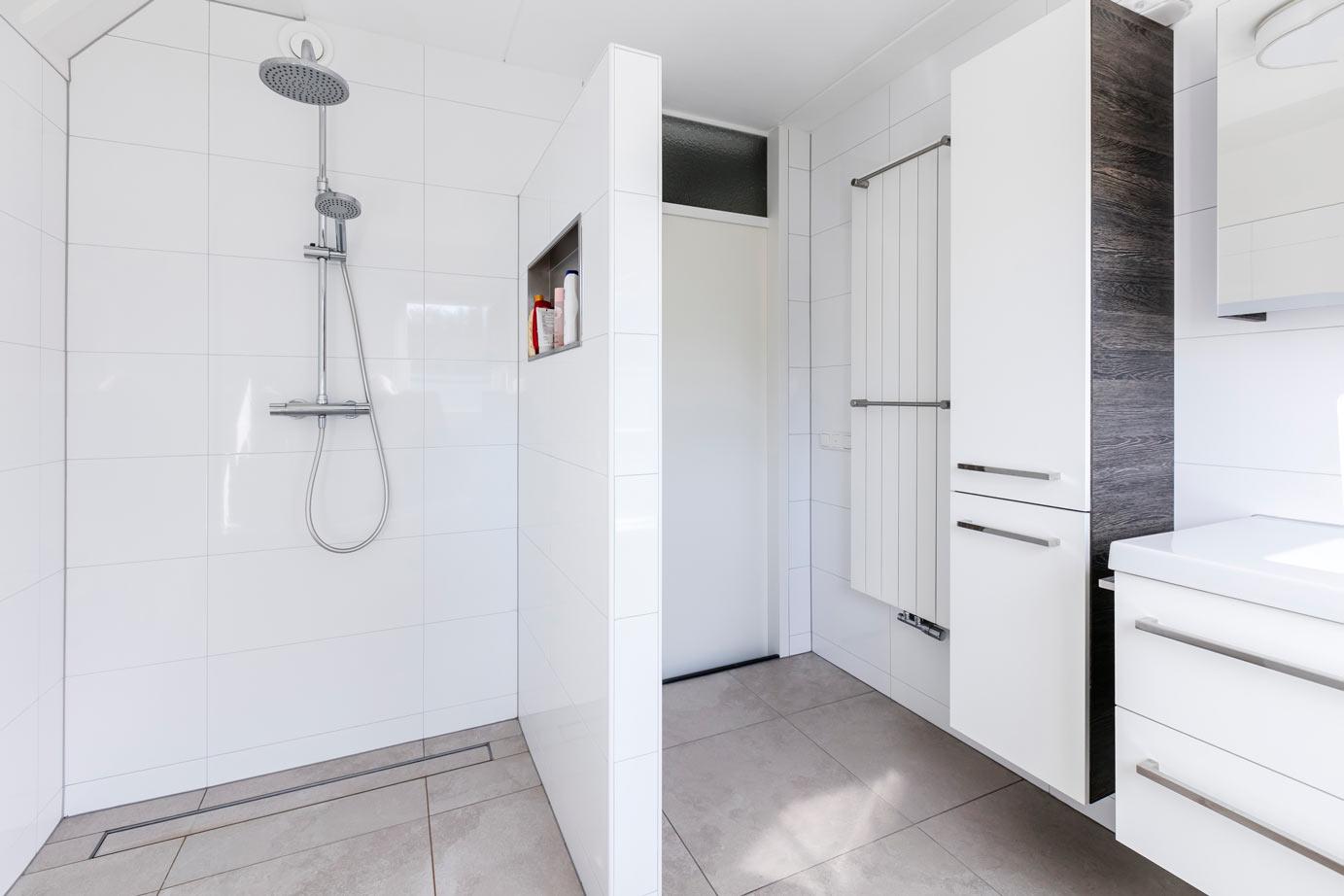 Kijk binnen bij inspirerende badkamers eveleens sanitair en